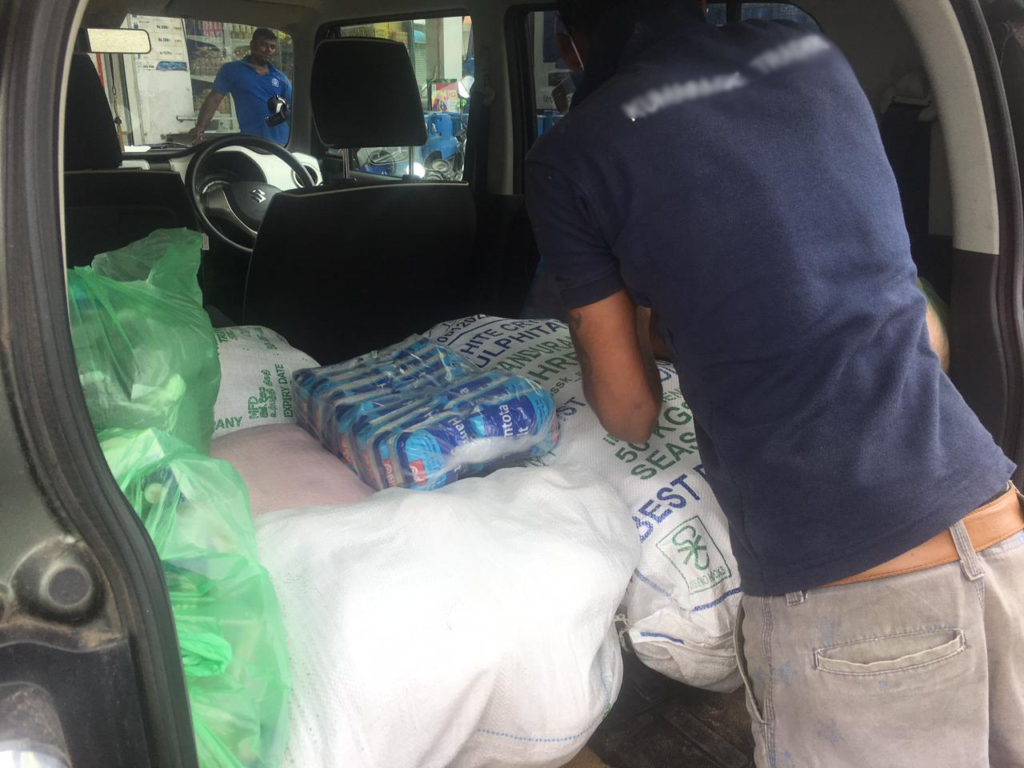 Car filled with commodity goods © Renaissance Sri Lanka
